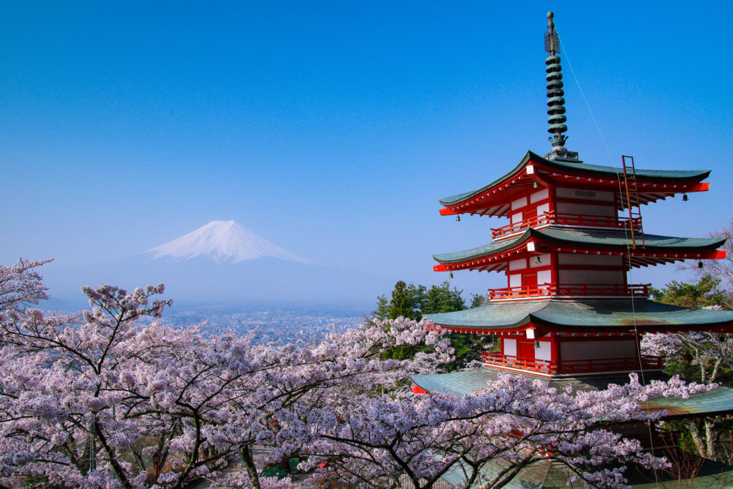 新倉山浅間公園より桜と富士山   PENTAX K-5IIs&DA★16-50mm