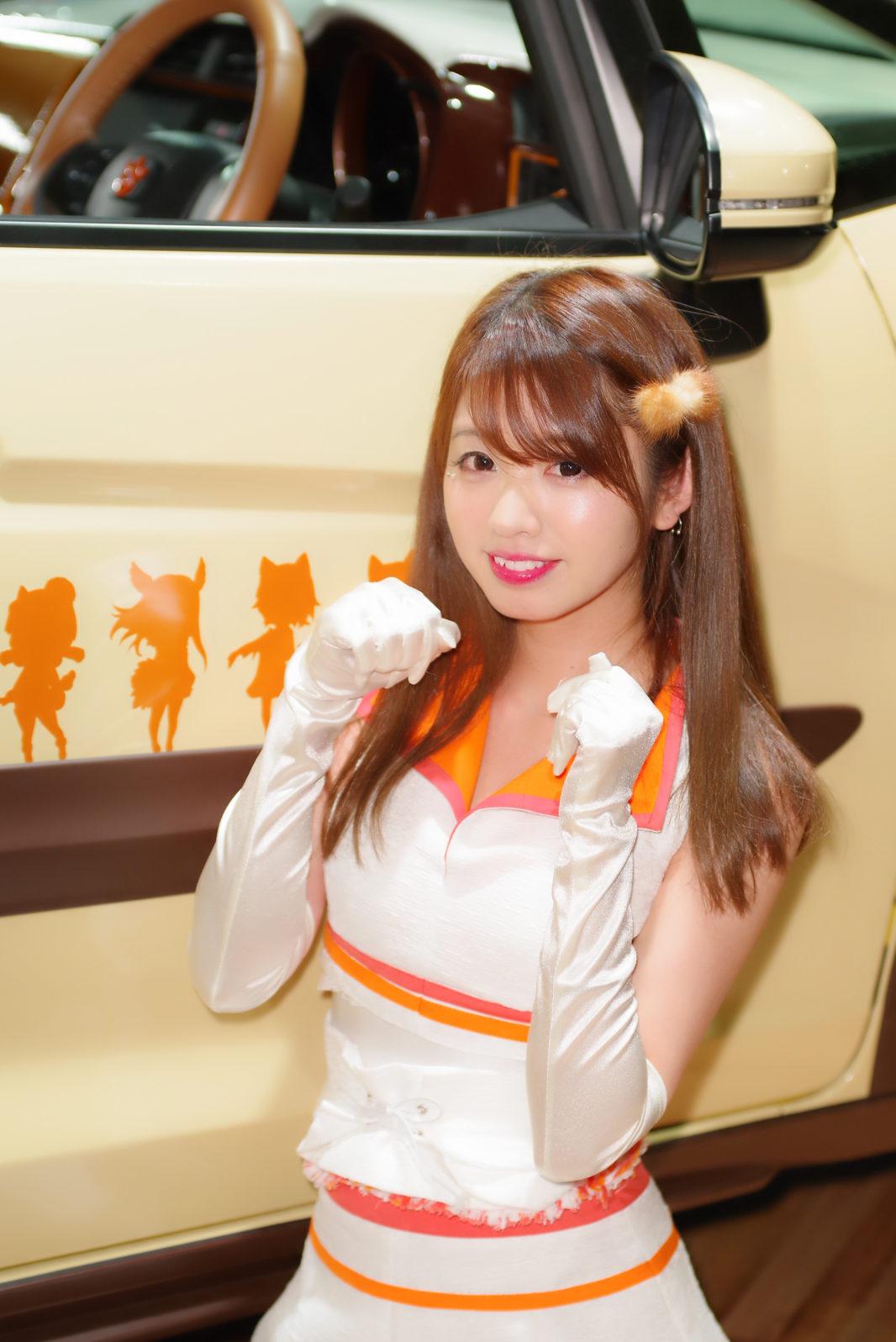 安西まりなさん@ホンダアクセスブース | PENTAX K-1&D FA★70-200mm&Cactus V6II&RF60X