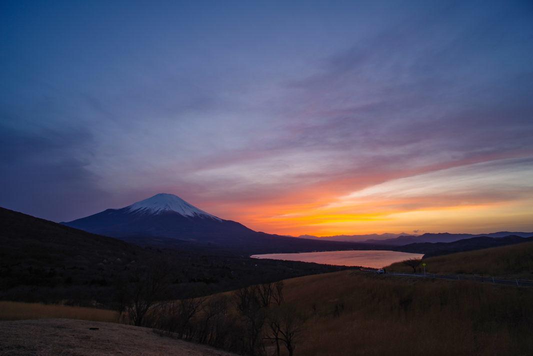 山中湖パノラマ台より富士山と山中湖   PENTAX K-1&DA10-17mm