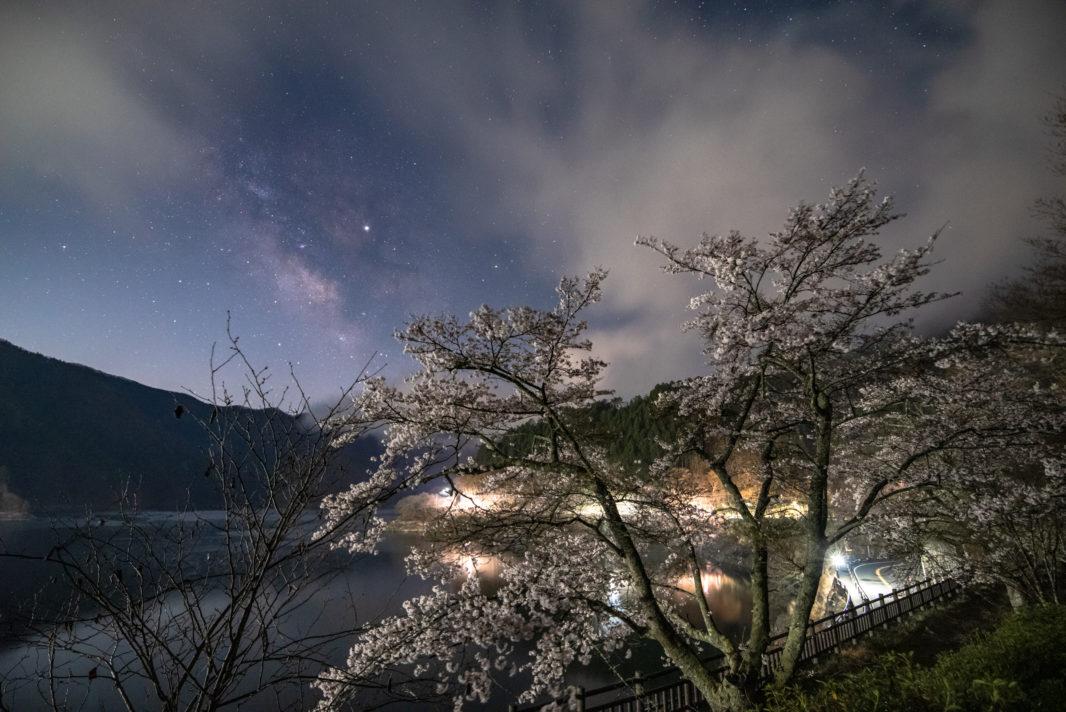 奥多摩湖の桜と天の川2019 | PENTAX K-1&D FA15-30mm