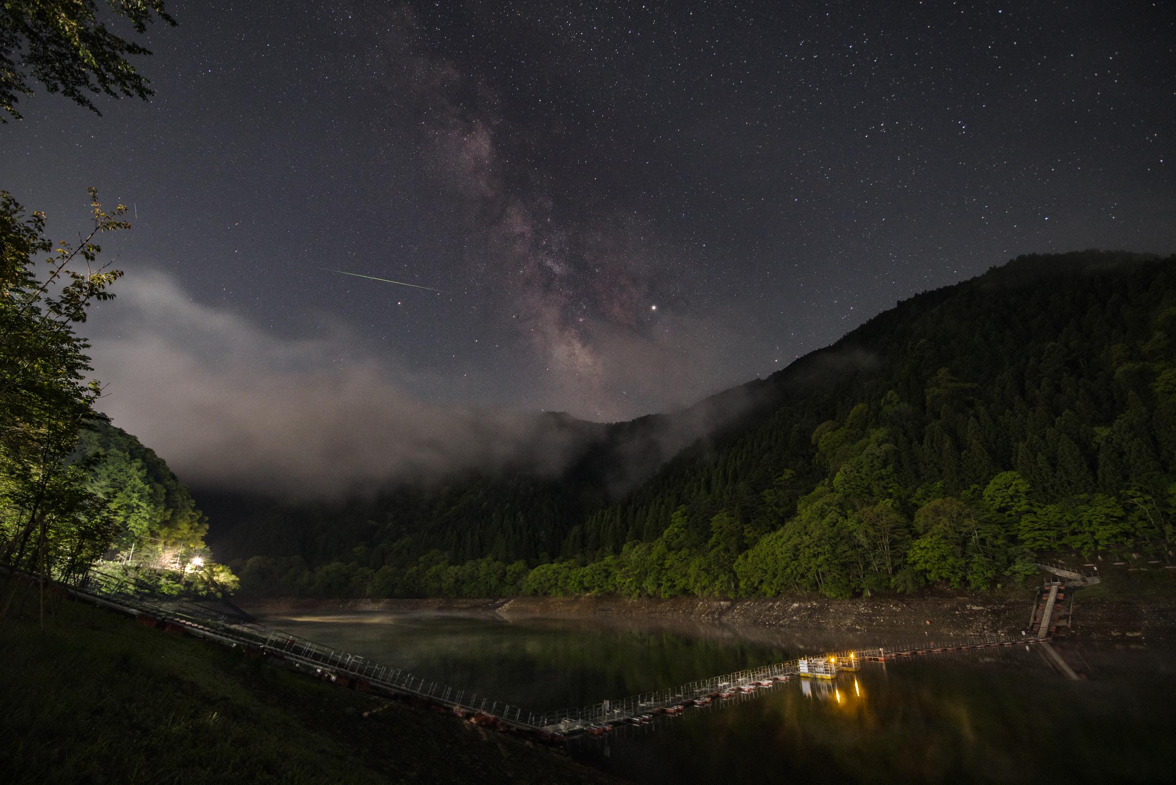奥多摩湖にて留浦浮橋と天の川 | PENTAX K-1&D FA15-30mm